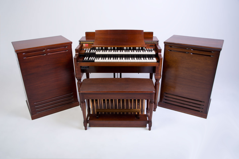 sredica 6 Hammond-B-3-organ-Leslie-122-147-both-1